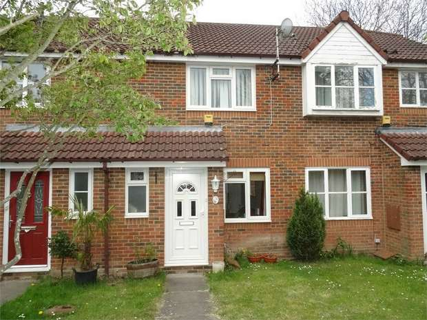 2 Bedrooms Terraced House for sale in Park Lane, Temple Park, Binfield, Berkshire