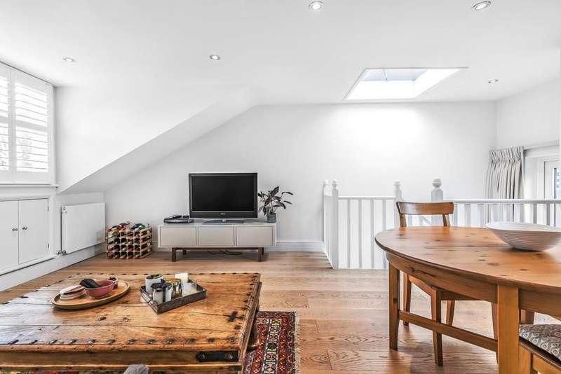 3 Bedrooms Flat for sale in Aspenlea Road, Hammersmith