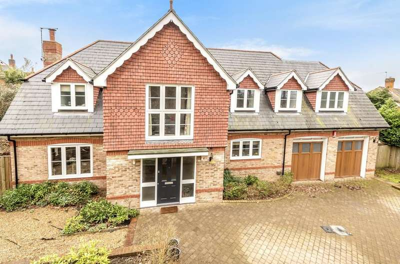 5 Bedrooms Detached House for sale in Hatch Lane, Liss, GU33