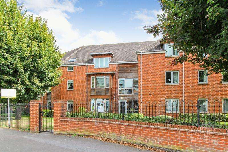 2 Bedrooms Apartment Flat for sale in Thurlow Grange, Newbury