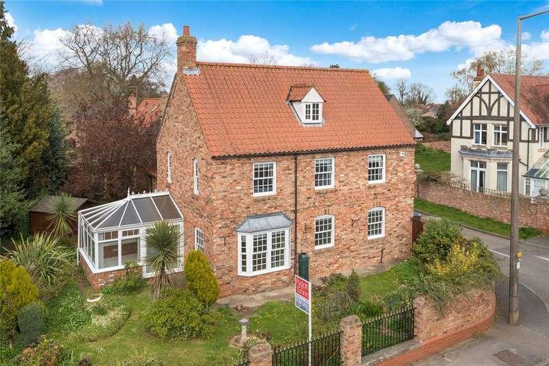 4 Bedrooms Detached House for sale in Latimer Gardens, Heckington, NG34