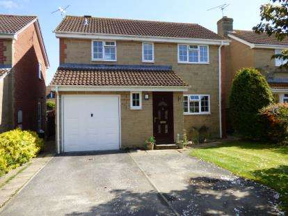 4 Bedrooms Detached House for sale in Martock, Yeovil, Somerset