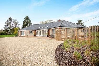 4 Bedrooms Detached House for sale in South Creake, Fakenham, Norfolk
