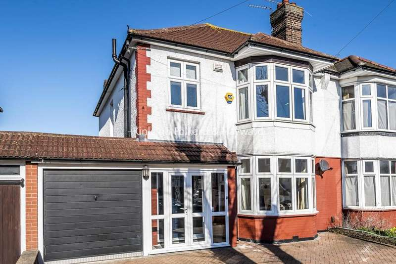 3 Bedrooms Semi Detached House for sale in Daneby Road, Catford