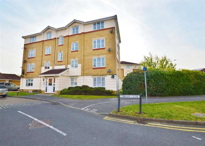 2 Bedrooms Flat for sale in Cobham Close, Slough