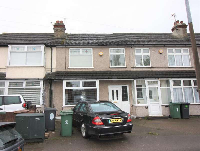 4 Bedrooms Terraced House for sale in Burnham Road, Chingford, London E4