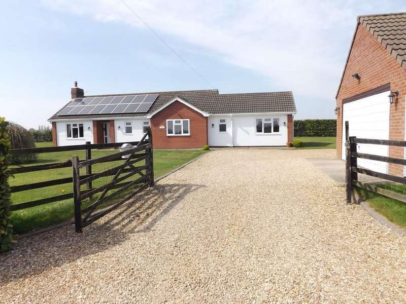 4 Bedrooms Detached Bungalow for sale in Whaplode