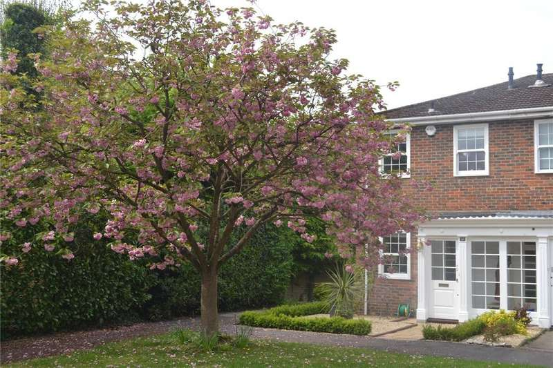 2 Bedrooms End Of Terrace House for sale in Hill Lands, Wargrave, Berkshire, RG10