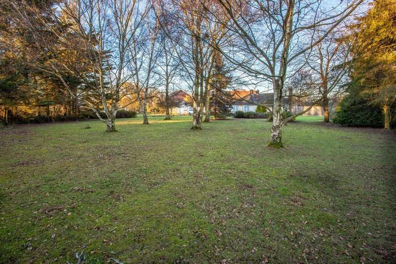 Land Commercial for sale in Raydon, Ipswich