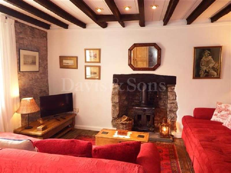 3 Bedrooms Cottage House for sale in Old Market Street, Usk, Monmouthshire. NP15 1AL