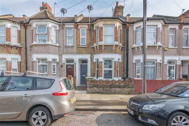 2 Bedrooms Maisonette Flat for sale in Waghorn Road, Plaistow, London