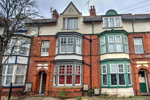 8 Bedrooms Flat for sale in Fosse Road South, Leicester