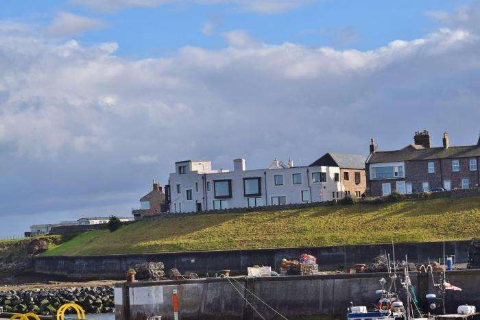 3 Bedrooms House for sale in Farne House, Seahouses, NE68 7RW