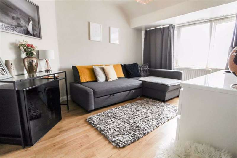 1 Bedroom Maisonette Flat for sale in Canterbury Avenue, Slough