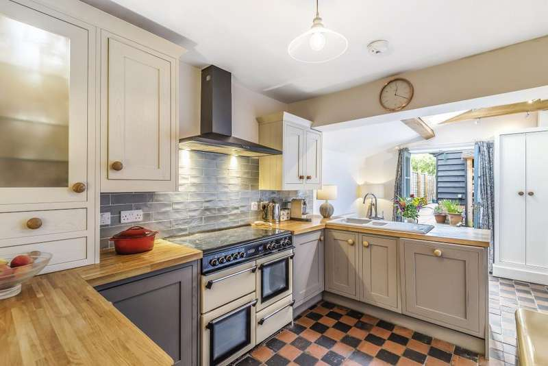 3 Bedrooms House for sale in Wargrave, Berkshire, RG10