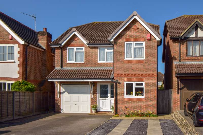 4 Bedrooms Detached House for sale in Goldsworthy Way, Slough, SL1