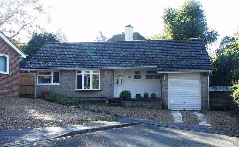 3 Bedrooms Detached Bungalow for sale in Apple Tree Close, Newbury, Berkshire, RG14