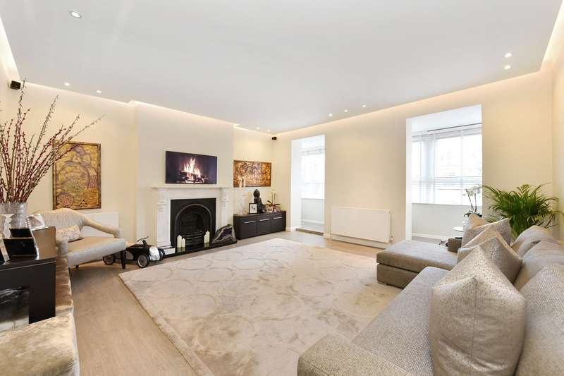 3 Bedrooms Flat for sale in Arkwright Road, Hampstead