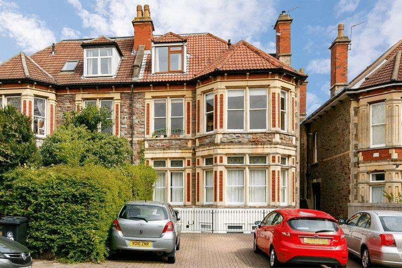 2 Bedrooms Apartment Flat for sale in Woodstock Road, Redland