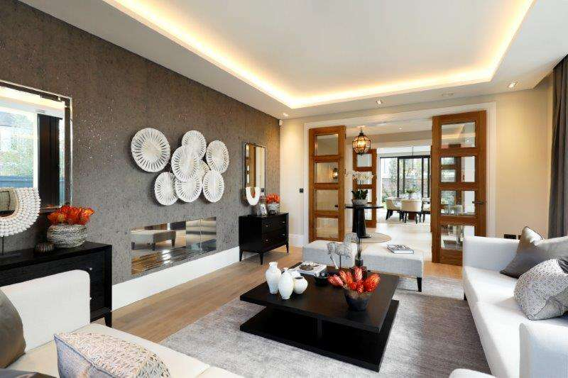 7 Bedrooms House for sale in The Drive, London. SW20