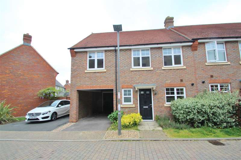3 Bedrooms Semi Detached House for sale in Walnut Tree Close, Winslow