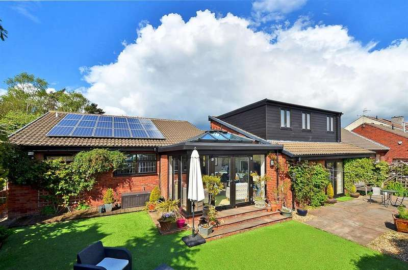 5 Bedrooms Detached House for sale in Orchard House, West Street, Dronfield