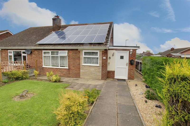 2 Bedrooms Semi Detached Bungalow for sale in Links Avenue, Mablethorpe,