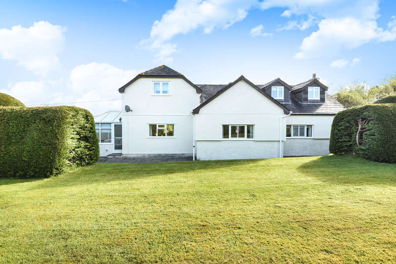 5 Bedrooms Detached House for sale in Yelland, Rattery