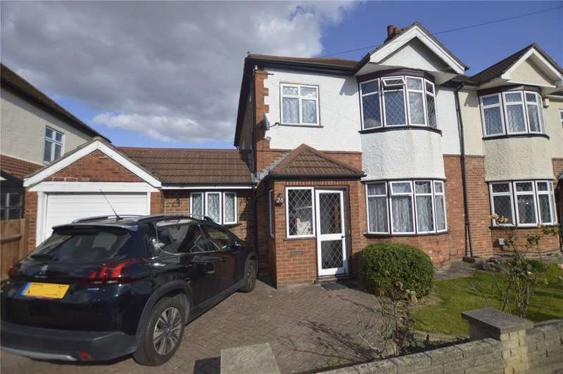 3 Bedrooms Semi Detached House for rent in Larchwood Road New Eltham London
