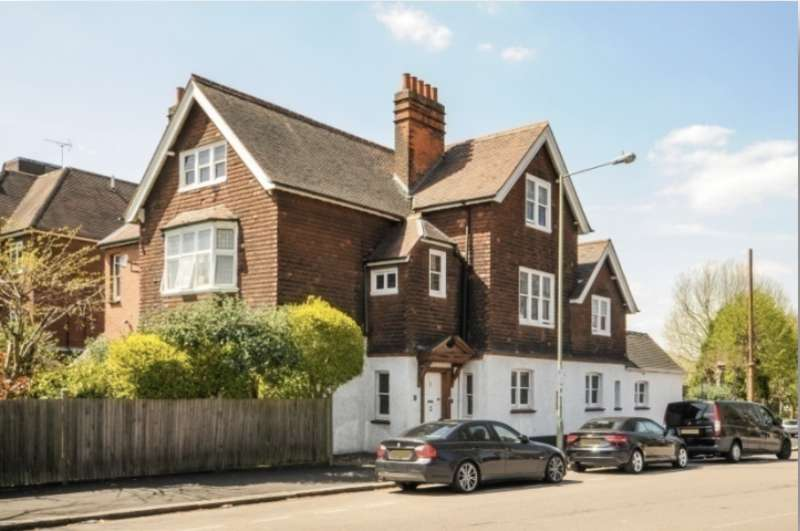 7 Bedrooms Detached House for sale in Hendon Avenue, Finchley, London N3 1UL