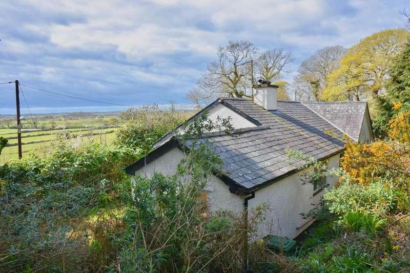 3 Bedrooms Bungalow for sale in Llwyn Meirion, Pensarn, LL45 2HS