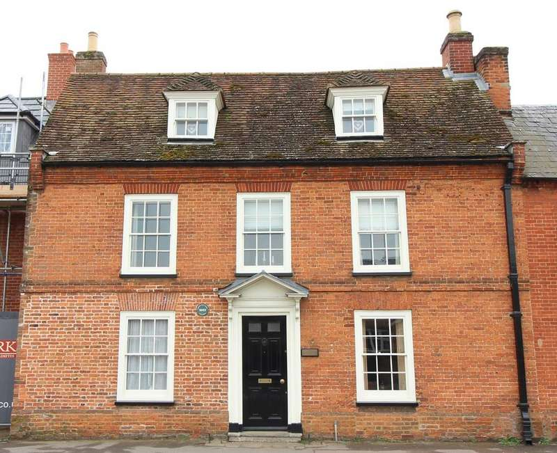 6 Bedrooms Cottage House for sale in 'Avondale House', High Street, Shefford, SG17