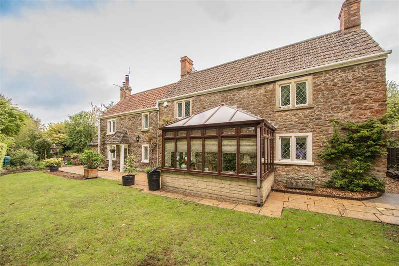 4 Bedrooms Detached House for sale in Old Derry Hill, Calne