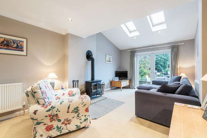 4 Bedrooms Detached House for sale in Greenfield Road, Flitton, MK45