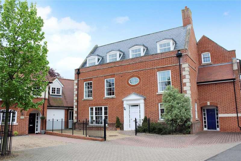 5 Bedrooms Town House for sale in Lanyard Place, Woodbridge, Suffolk, IP12