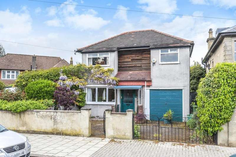 3 Bedrooms Detached House for sale in Mount Ephraim Lane, Streatham