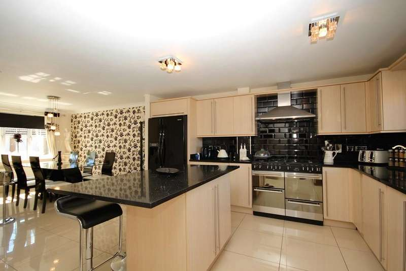 4 Bedrooms Detached House for sale in Coneygate, Meppershall, Shefford, SG17