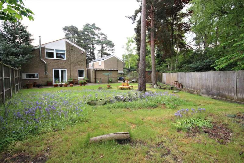 3 Bedrooms Detached House for sale in Merlewood, Bracknell