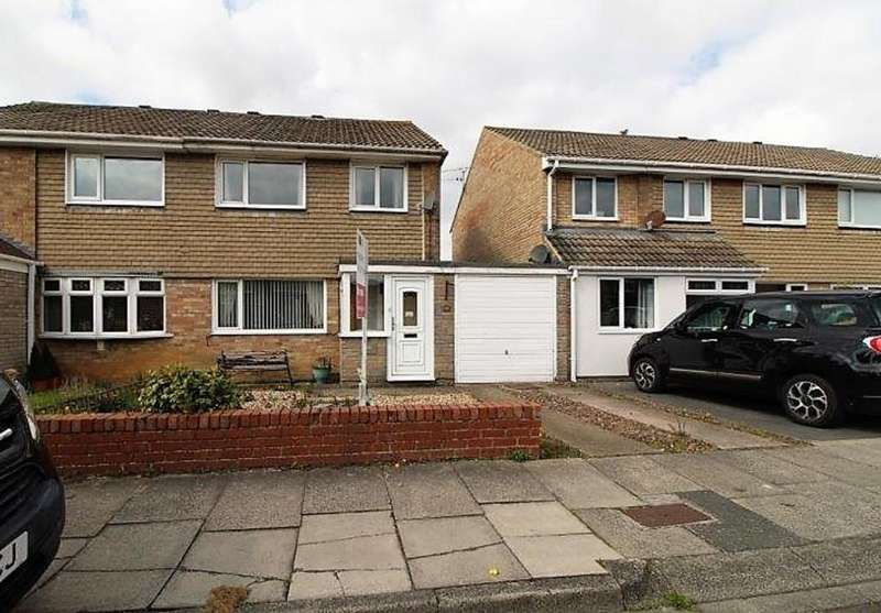 3 Bedrooms Semi Detached House for sale in Kingfisher Way, Blyth