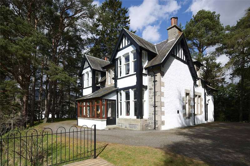4 Bedrooms Detached House for sale in Old Dunmore, Station Road, Newtonmore, PH20