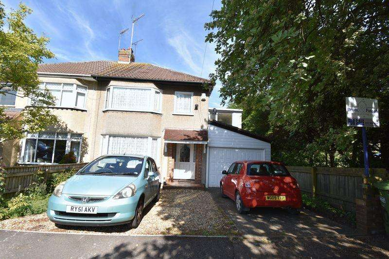 4 Bedrooms Semi Detached House for sale in Eastleigh Close Staple Hill