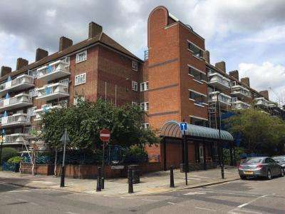 2 Bedrooms Flat for sale in Beccles Street, Shadwell, E14 8HE