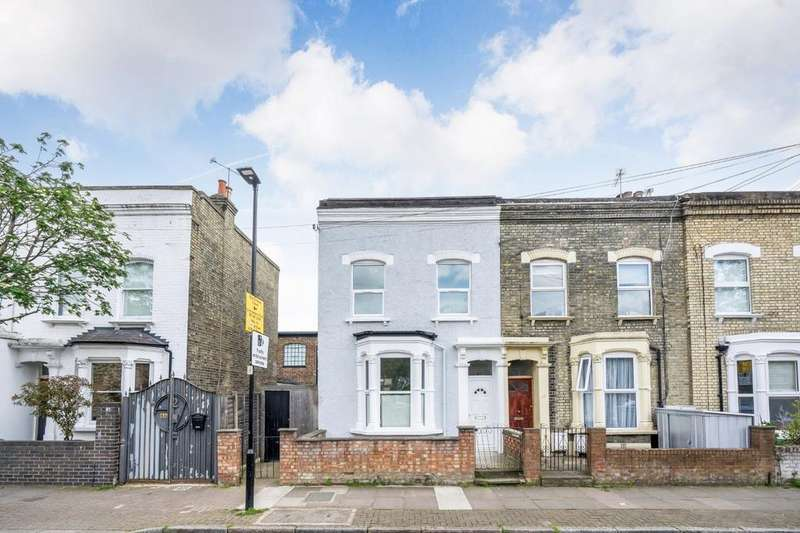 3 Bedrooms End Of Terrace House for sale in Monsell Road, London, N4