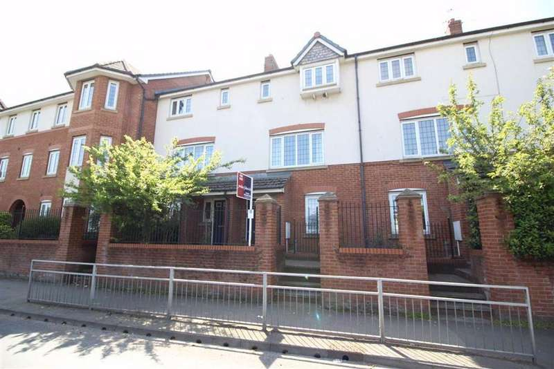 3 Bedrooms Town House for sale in Nell Lane, Chorlton, Manchester