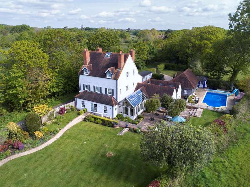 5 Bedrooms Detached House for sale in Platoff Road, Lymington, SO41