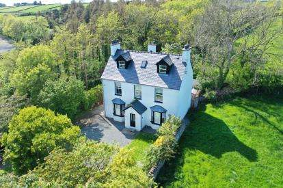 5 Bedrooms Detached House for sale in Brynsiencyn, Anglesey, Sir Ynys Mon, LL61