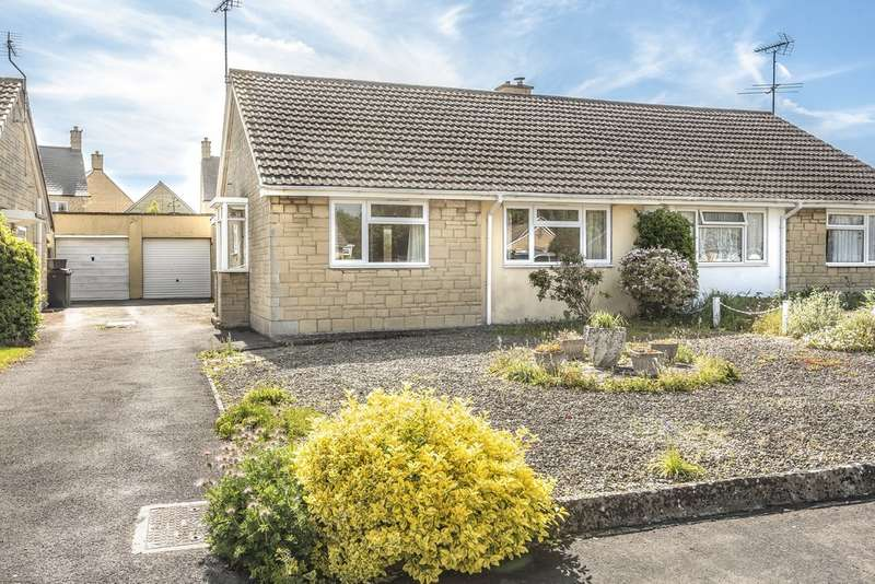 2 Bedrooms Semi Detached Bungalow for sale in Bettertons Close, Fairford