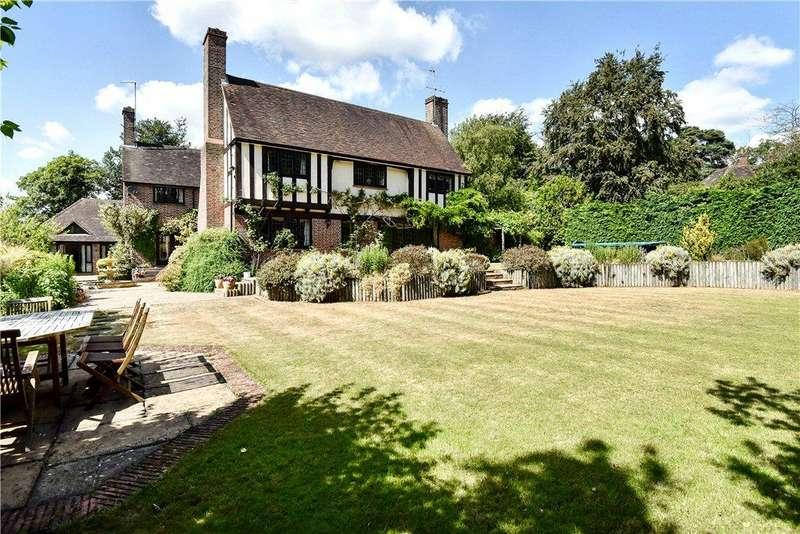 7 Bedrooms Detached House for sale in Heathway, Camberley, Surrey, GU15