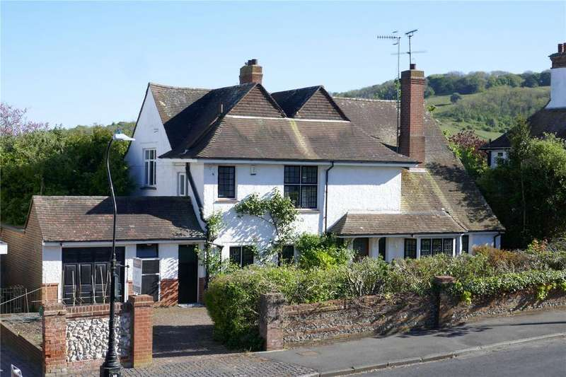 4 Bedrooms Detached House for sale in Pashley Road, Summerdown, Eastbourne, East Sussex, BN20