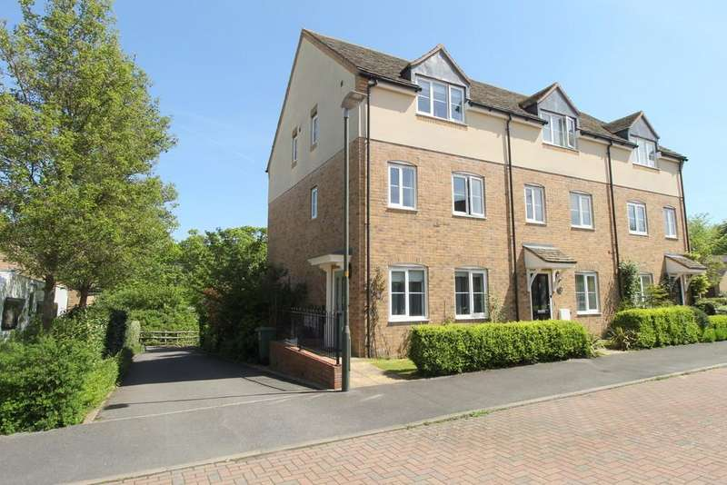 4 Bedrooms End Of Terrace House for sale in Winchcombe